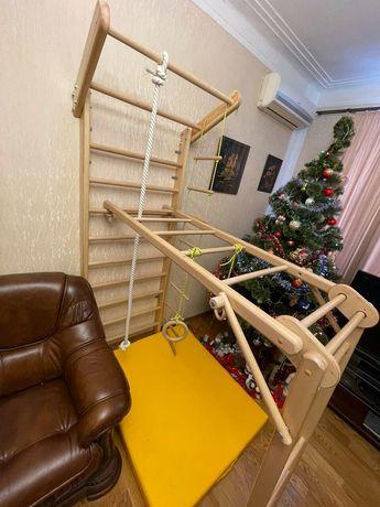 Спорт уголок детский стенка лестница мат