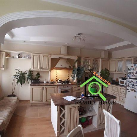 Продаж / Квартира / вул. Павлюченка, Боярка, г. Ровно