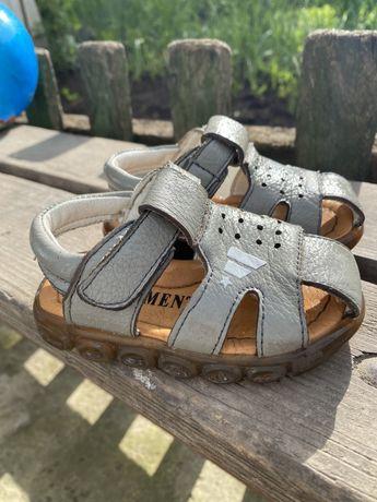 Босоножки обувь детская