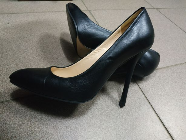 Туфли классические р.39, Fellini