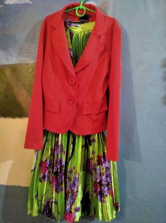 Пиджак раз 44-46+ платье красивое, цена за все.