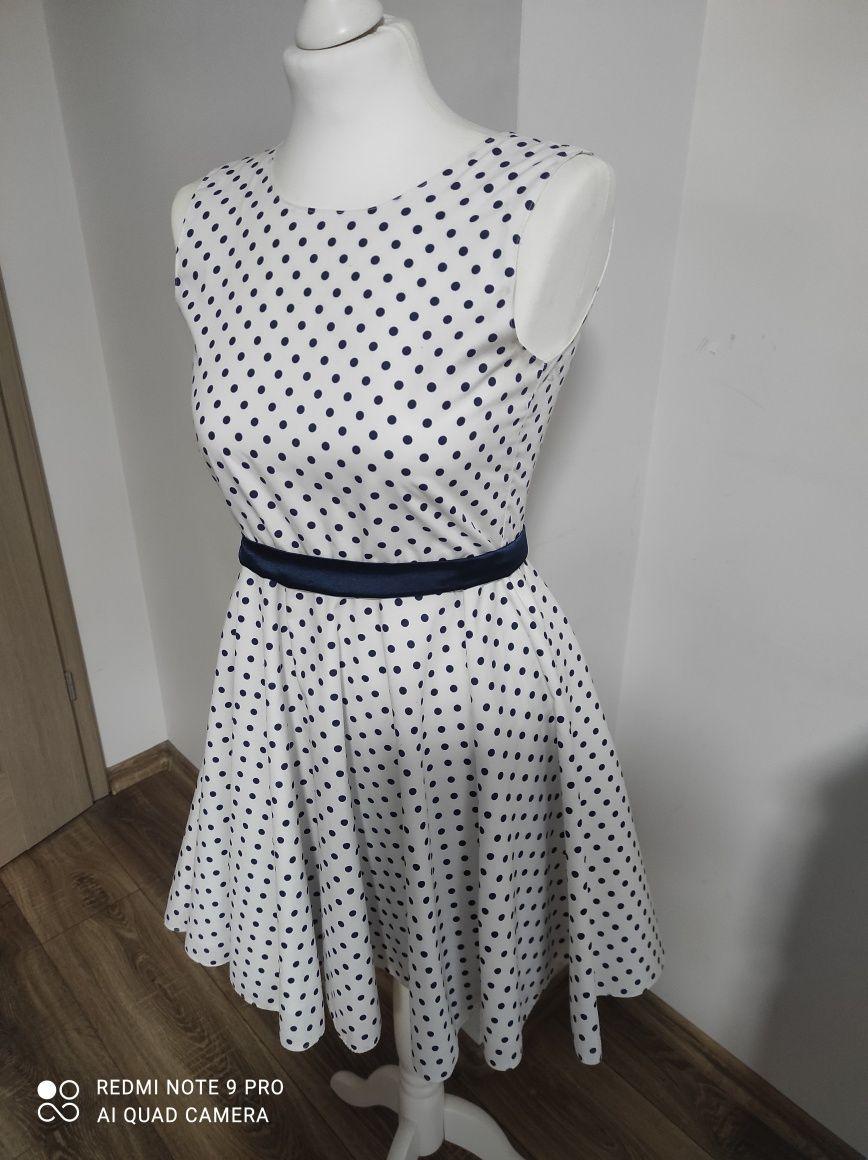 sukienka dziewczęca rozmiar 146