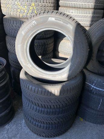 Opony zimowe 235/60x16 Pirelli