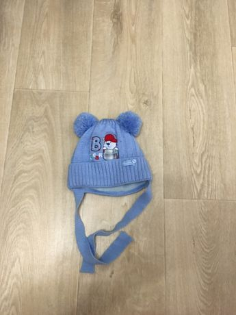 Зимняя шапка на ребенка