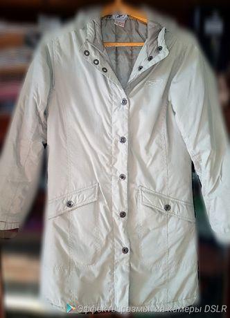 Демисезонное пальто Reebok р-р 44/46