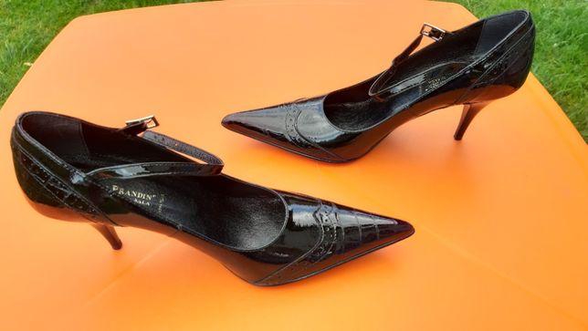 Ładne nowe buty damskie 37