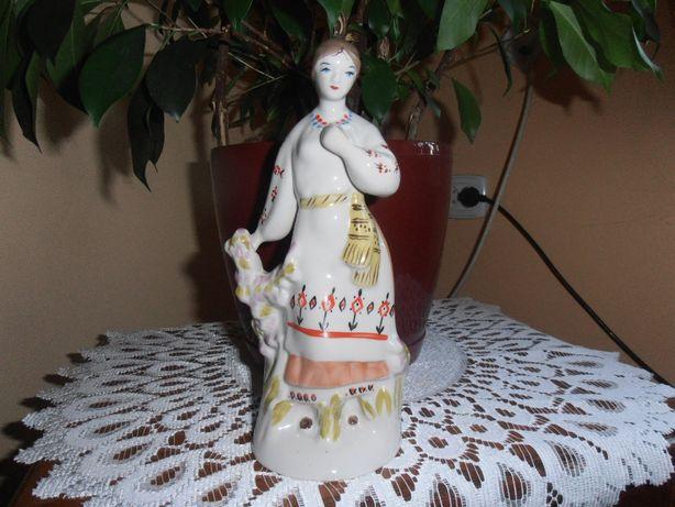 Porcelanowa Figurka kobiety
