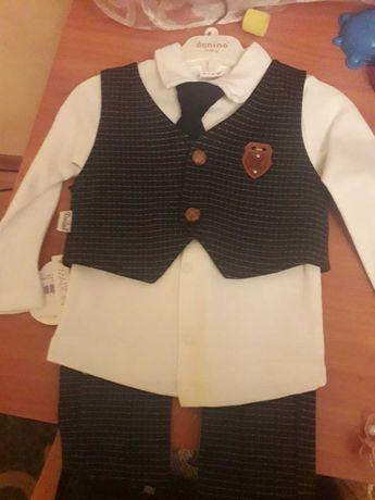 Новий святковий костюм для хлопчика на зріст 68см