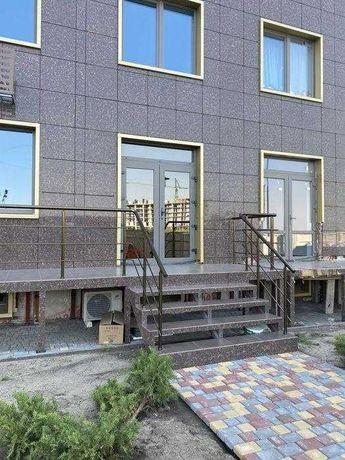 Продам фасадное коммерческое помещение 42м/ ЖК 56 Жемчужина.2V75