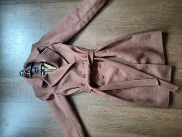 Продам пальто (весна , осень)