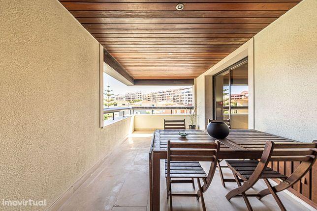 Apartamento T1 Mobilado para arrendamento com parqueamento- Cascais At