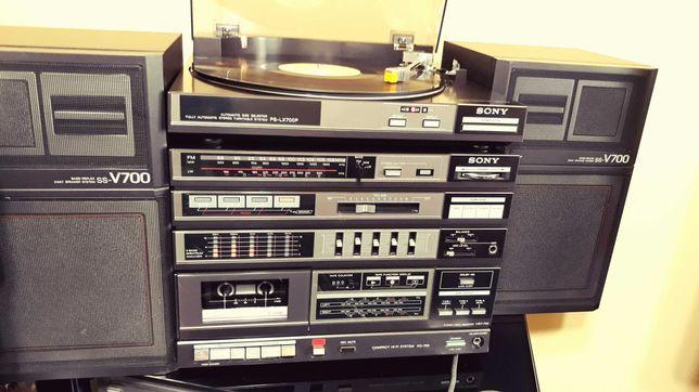 Wieża SONY- magnetofon, tuner,gramofon,wzmacniacz i kolumny.
