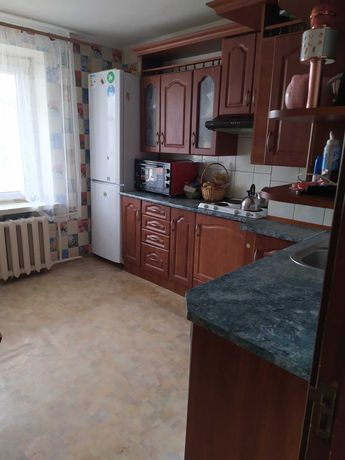 Продам 1-но квартиру с улучшеной планировкой в центре