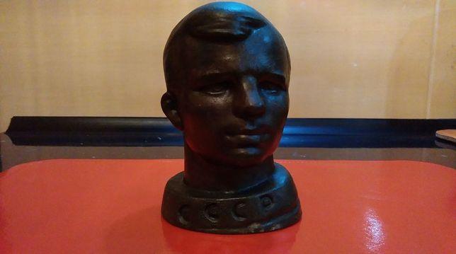 Dwa Radzieckie Popiersia J. Gagarin !!!