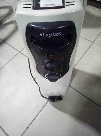 Масляный радиатор LAMARK LK2000