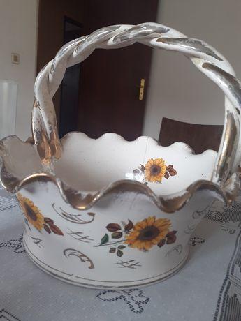 Cesta antiga de porcelana