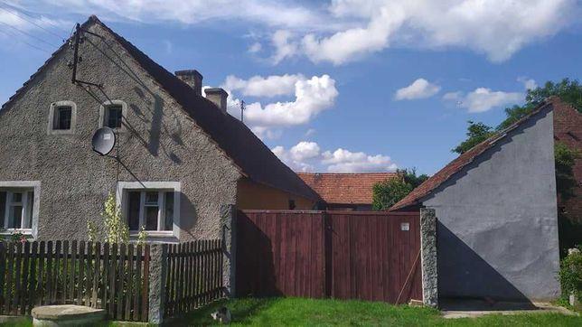 Gospodarstwo rolne wraz z domem oraz zabudowaniami