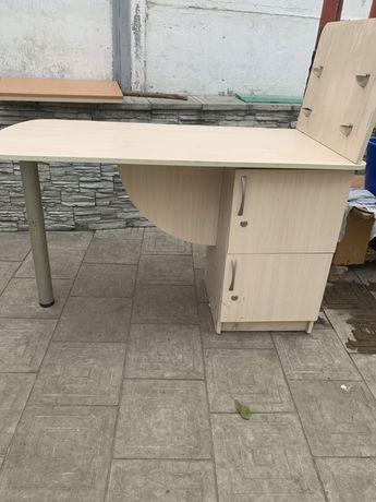 Продам марикюрный стол