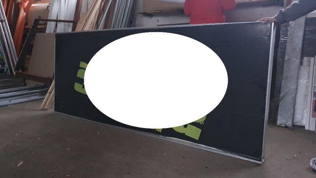 Kaseton plafon reklamowy podświetlany