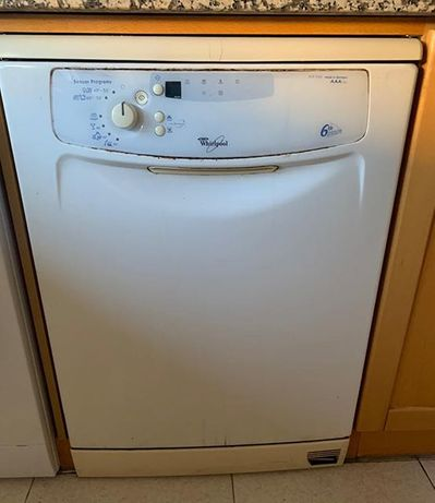 Máquina de Lavar Loiça Whirlpool ADP 5966