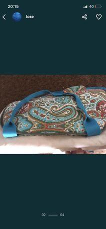Muda fraldas com bolsa e estojo marca pulguinhas