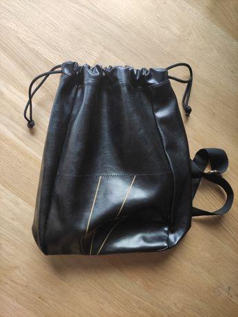 Czarny plecak worek skóra ekologiczna nowy A4 bad boy  Carolina