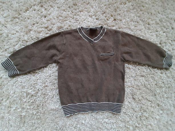 Sweterek rozm 92