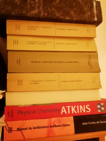 Vendo livros técnicos química, dermatologia, fisiologia, farmácia...