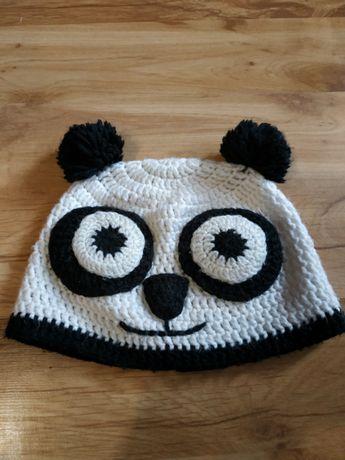 Czapka ręcznie robiona Panda ok.9 lat