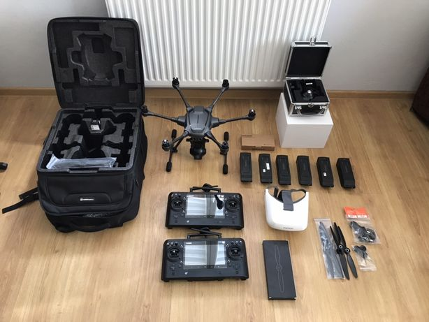 Dron Yuneec Typhoon H Pro zestaw + kamera termowizja