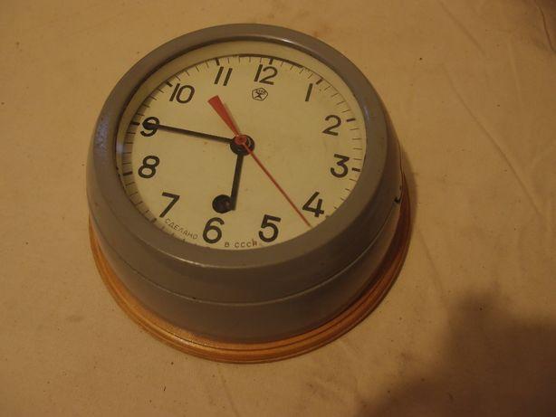 Часы большие. 1200 гр.