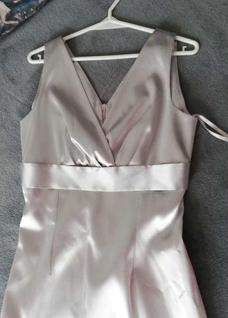 Srebrna satynowa sukienka