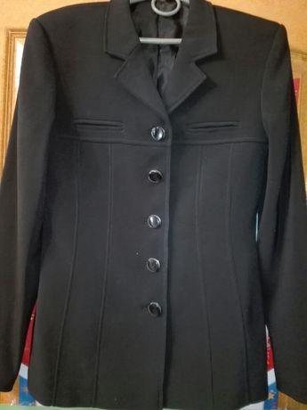 Піджак жіночий