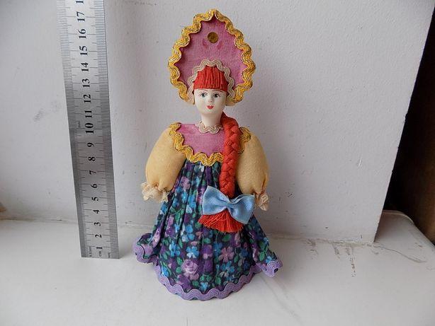 Подарочная Фарфоровая кукла Россия Потешный промысел, 17,5 см