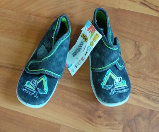 Buty Buciki kapcie na rzep, papucie dziecięce Befado nowe pantofelki