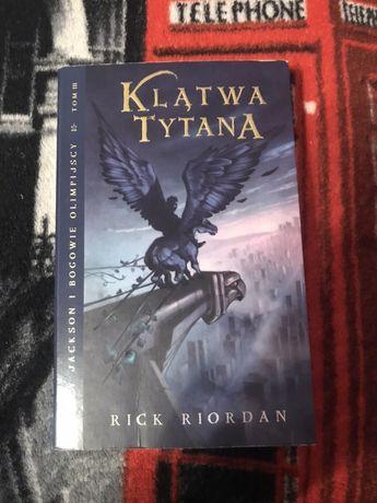 """Percy Jackson: Klątwa tytana"" Rick Riordan"