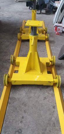 Wózek wózki do rozpoławiania rozjeżdżania ciągnika