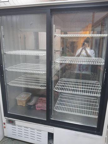 Холодильник в хорошому стані