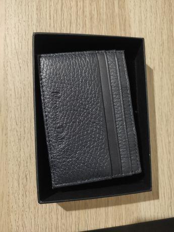 Porta cartões Massimo Dutti em pele azul