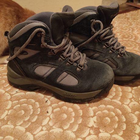 Ботинки ,кросовки hi-tech