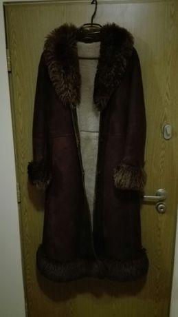 Kożuch, płaszcz z futrem