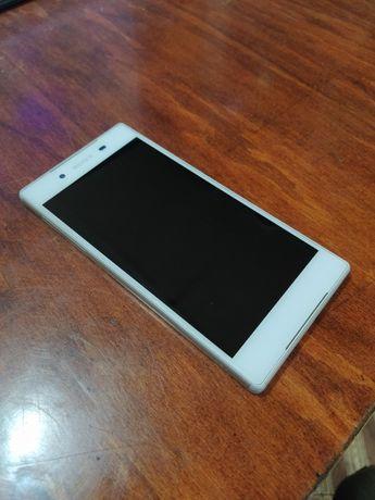 Sony Xperia Z5 Dual E6633 White (Белый) - Отличное состояние (9 из 10)