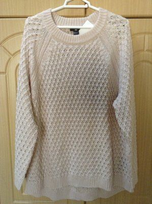Новый теплый свитер H&M пудрового и белого цвета размер ХЛ