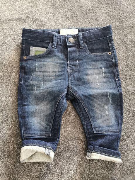 Zestaw--Spodnie chłopięce r. 74
