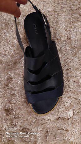Sandalias azul marinho