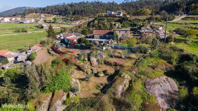 Moradia T3 Venda em Guisande e Oliveira (São Pedro),Braga