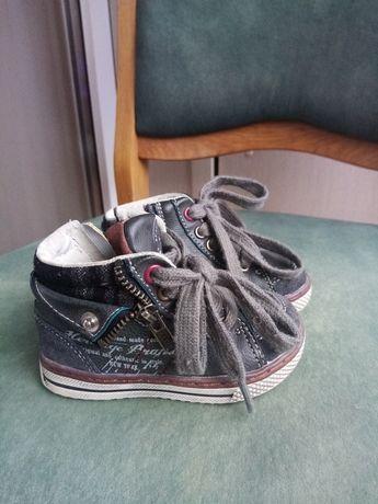 Дитячі черевички весна-осінь
