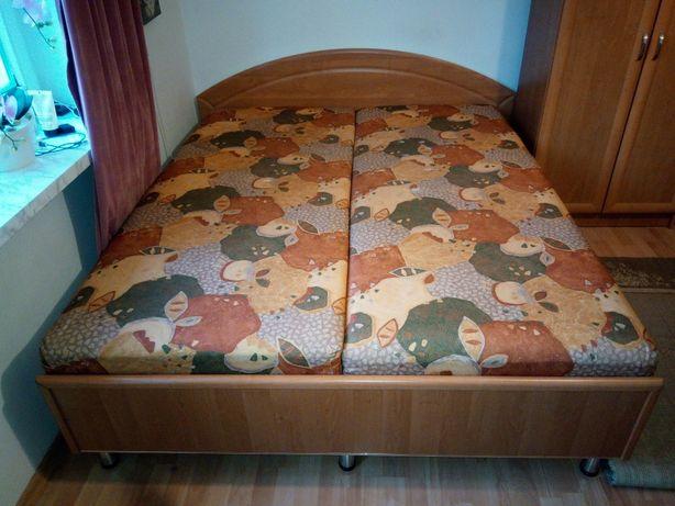 Łóżko 160x200 z pojemnikiem na pościel