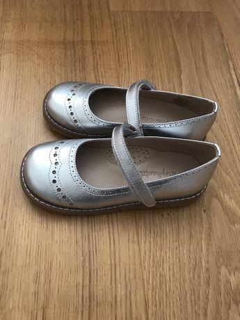 Продам дитячі туфлі Elephantito