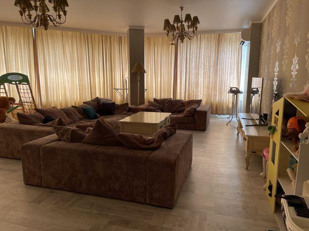 Аренда 3 комнатной квартиры 165 кв м